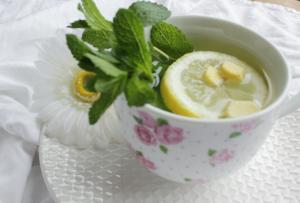 Citroen munt gember thee