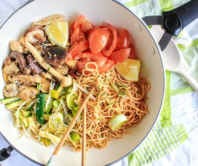 - Snelle recepten - Thai vegan spicy noodles
