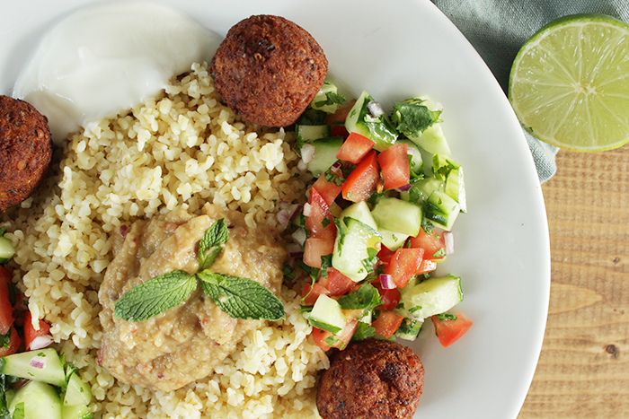 gezond eten - bulgur met falafel en aubergine