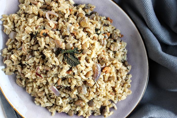 Mujadara recept: Midden-Oosters met groene linzen en rijst