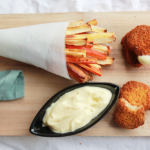 Plantaardig snacken – Groentefrietjes met nuggets