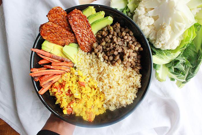 Recept Buddha bowl : met bloemkool en tempeh