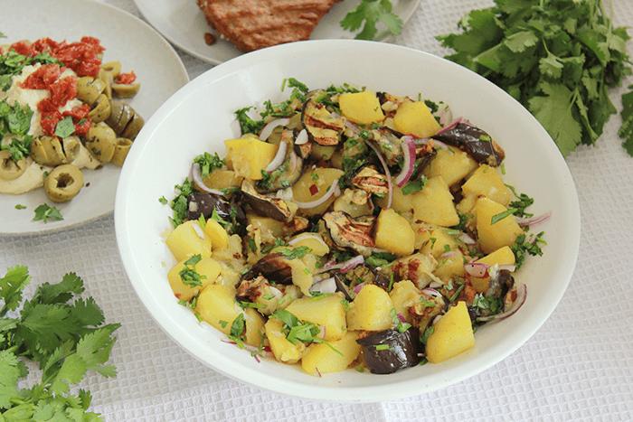 Libanese aubergine salade met aardappel
