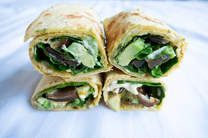 hummus dadel-avocado wraps