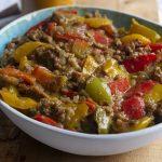 Indiase vegan curry. Met heerlijke specerijen, paprika en plantaardig gehakt